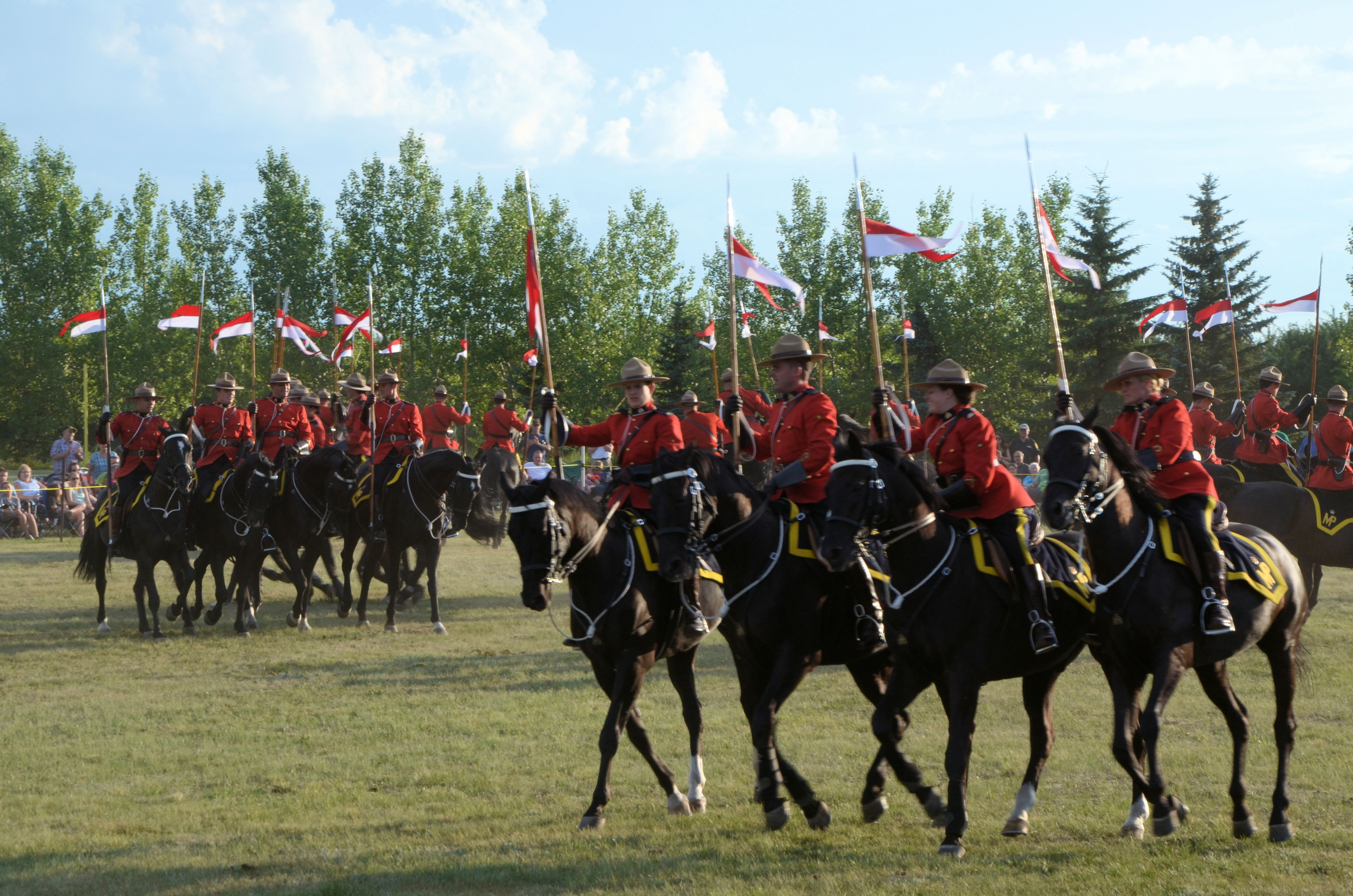 the royal canadian mounted police Royal canadian mounted police revealed absolute discharge to be allowed to  work at an airport, a man applied in july 2010 for the.
