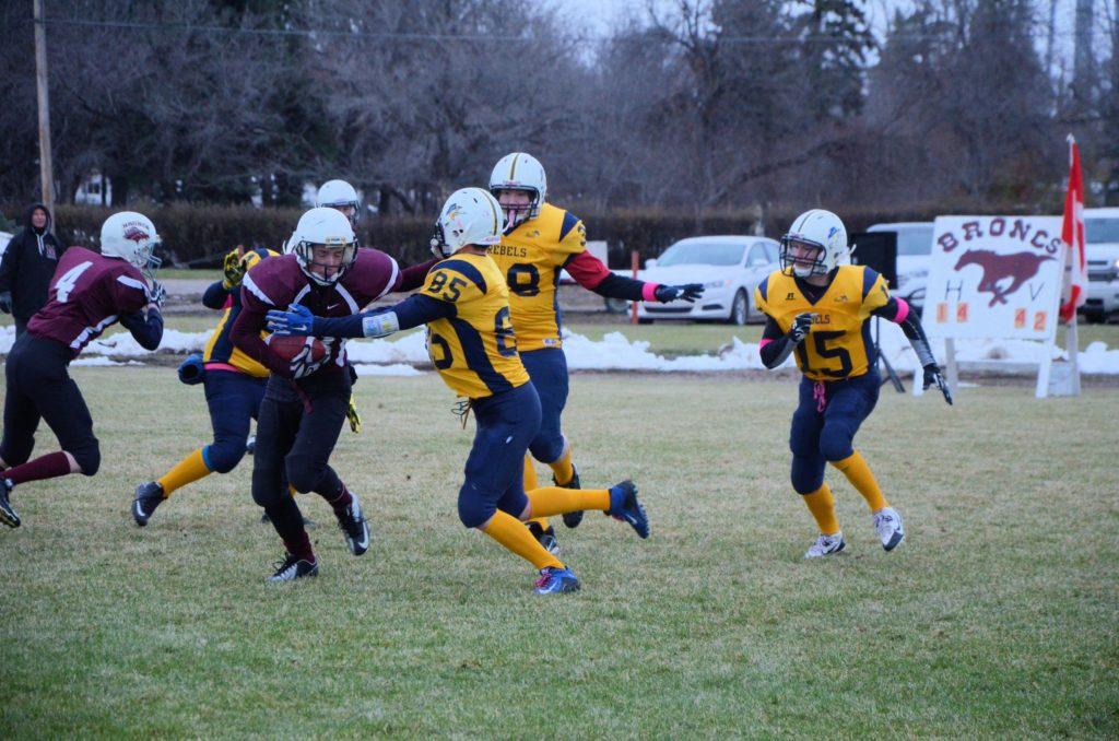 1A six-man football