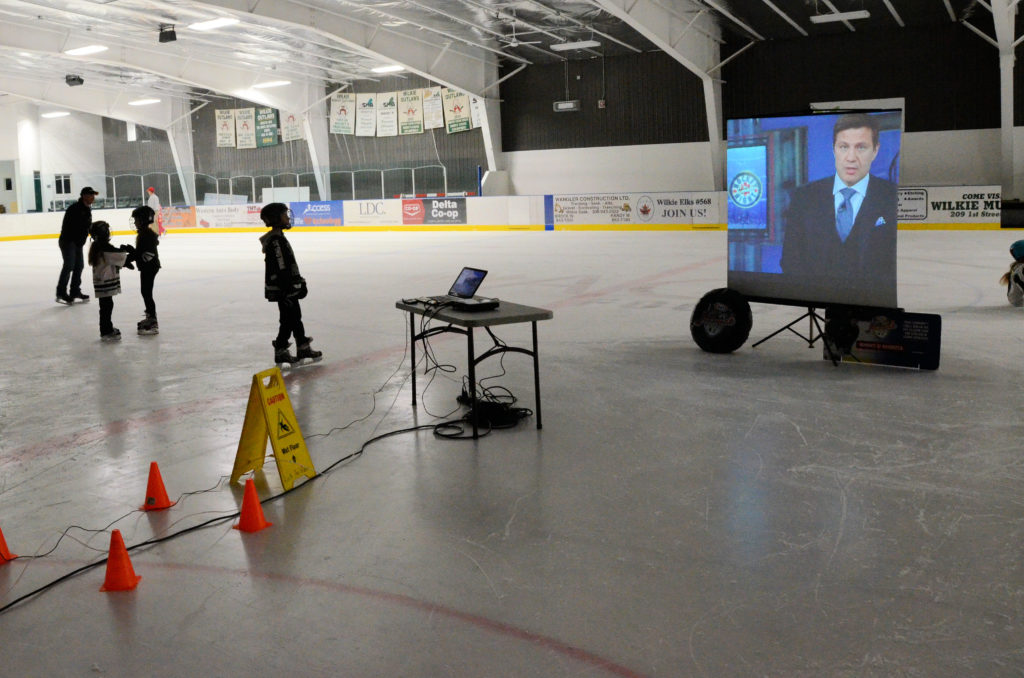 Wilkie SK waits for Kraft Hockeyville announcement