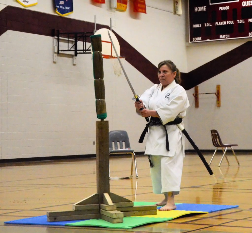 karate woman with sword 1st - 0862